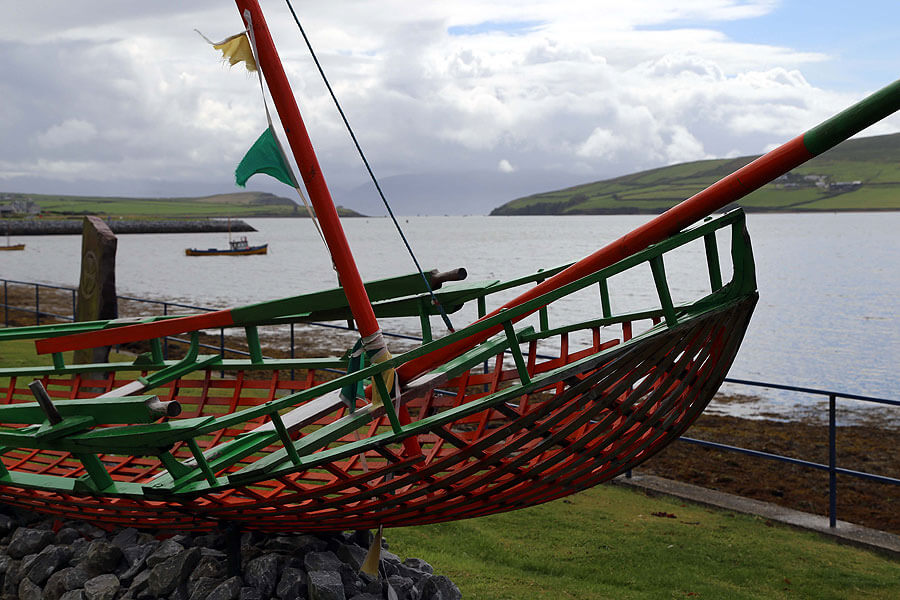 brian_de_staic_dingle_boat-and-bay1423