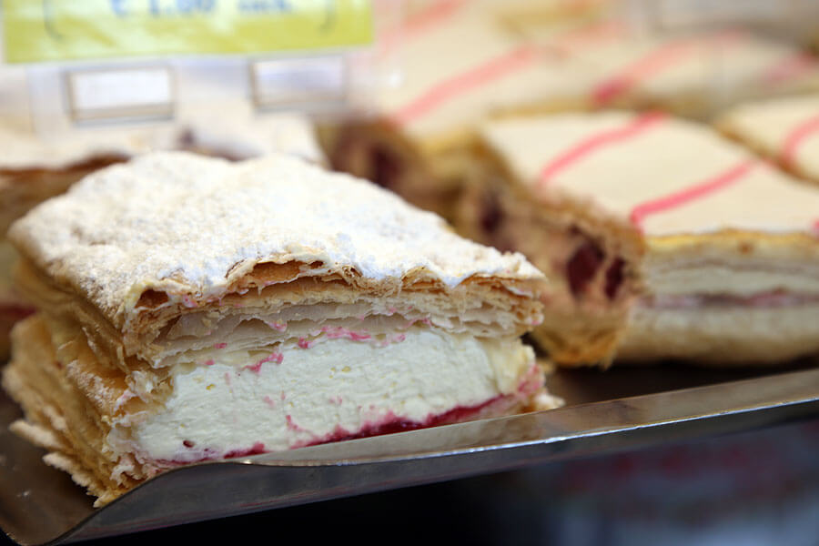 Courtenays_Bakery_Dingle-Cream-Slices-1191