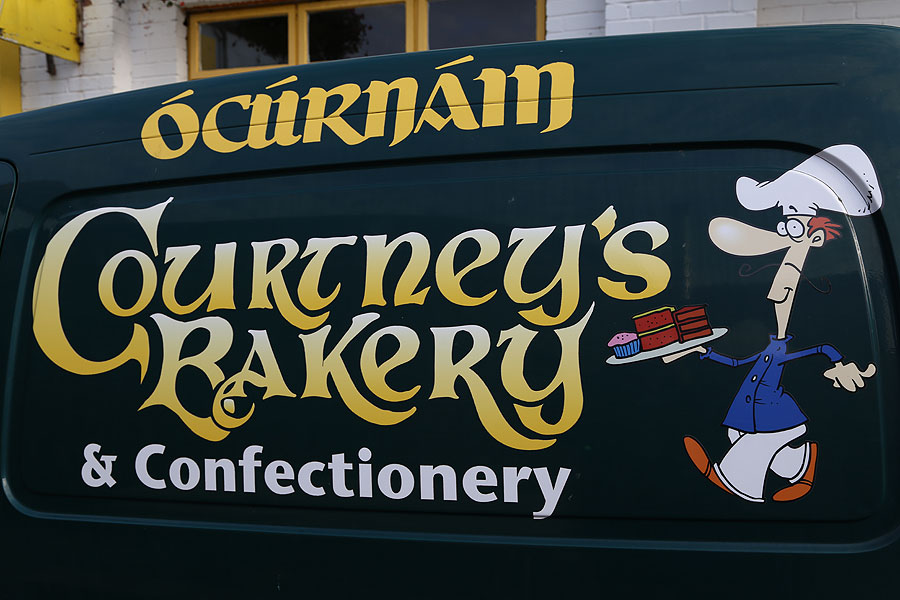 Courtenays_Bakery_Dingle-delivery-van-1175