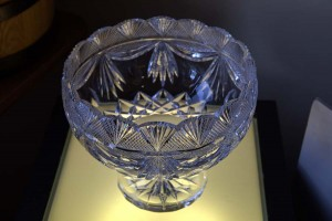 dingle_crystal_cut glass bowl 02